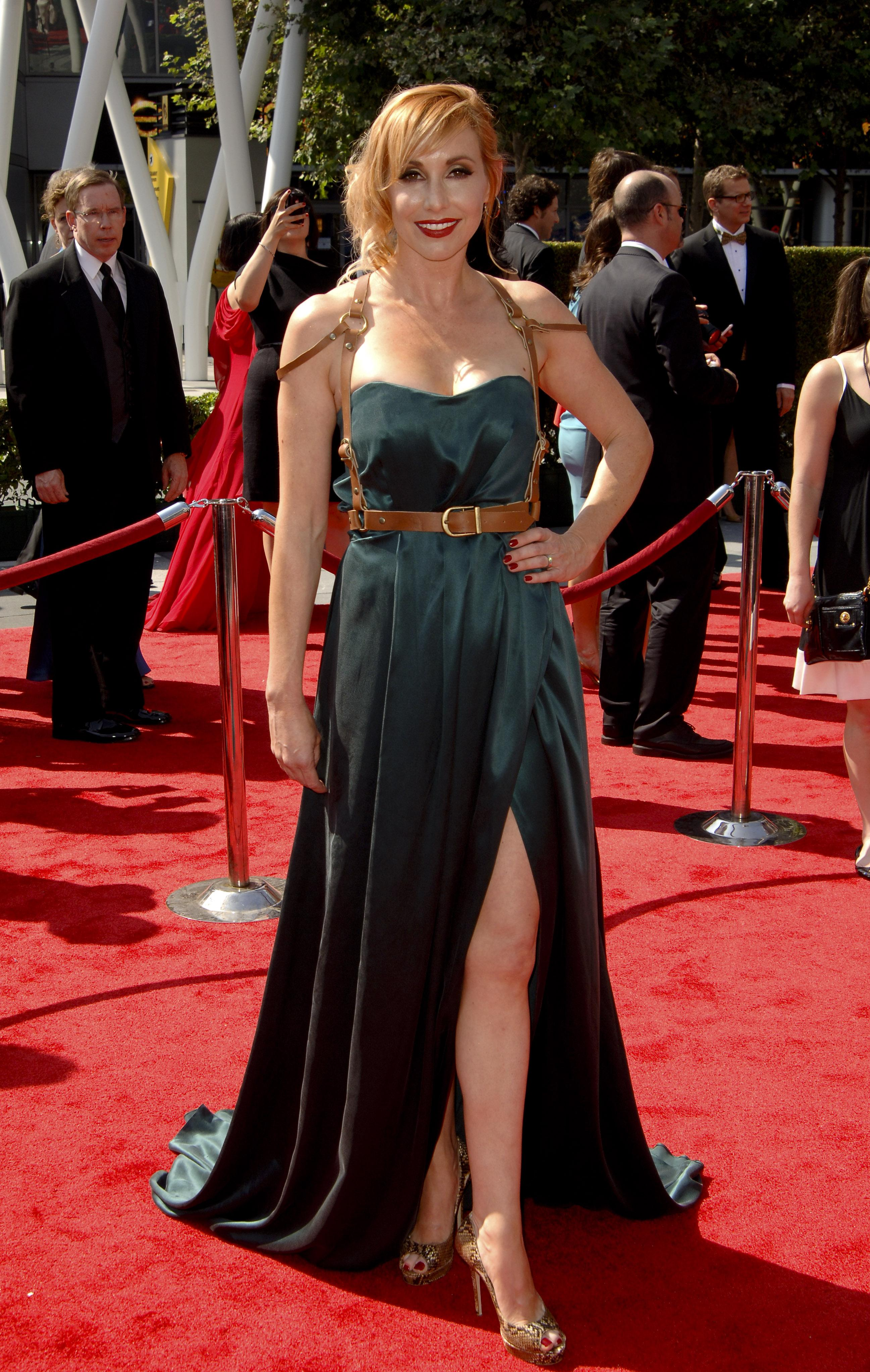 Kari Byron Hot Pictures, Leaked Near-Nude Photos