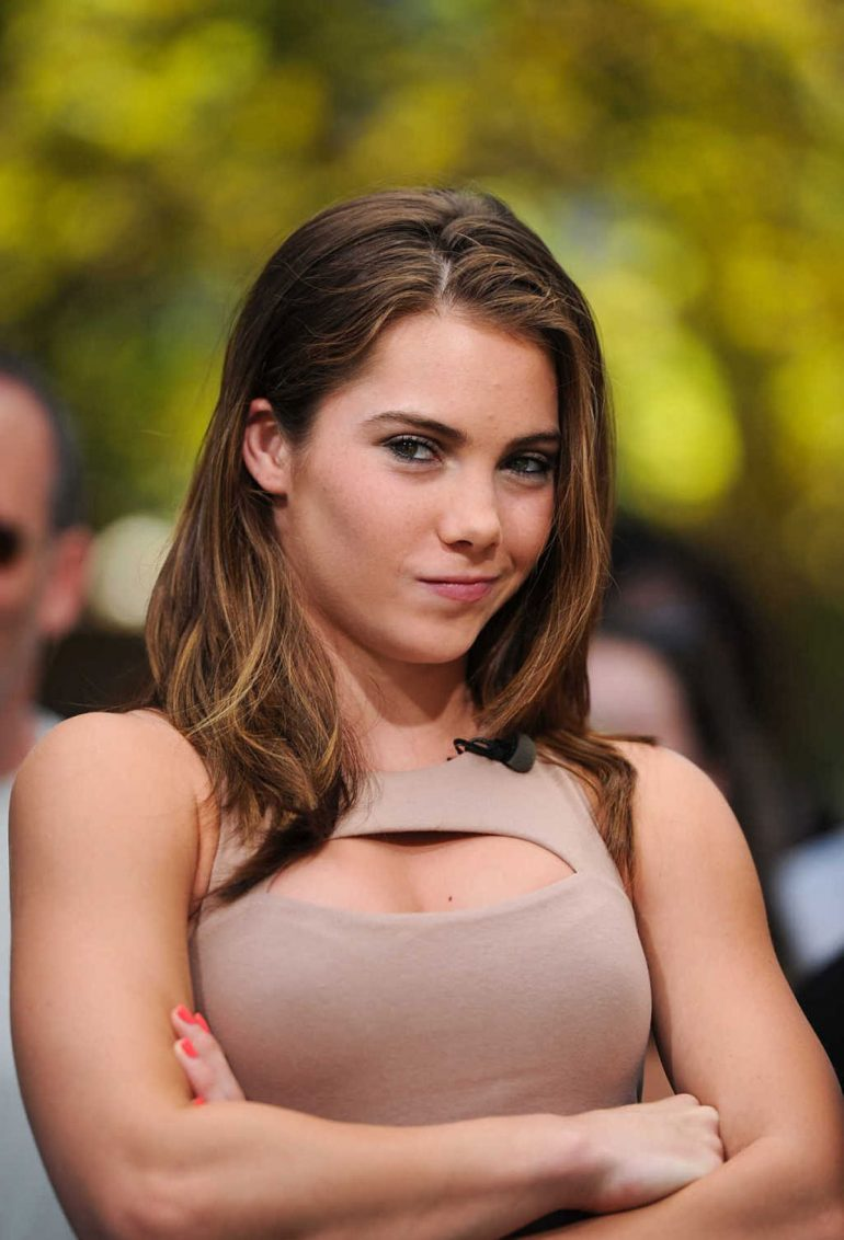 McKayla Maroney Hot Near-Nude Pics, Topless Images